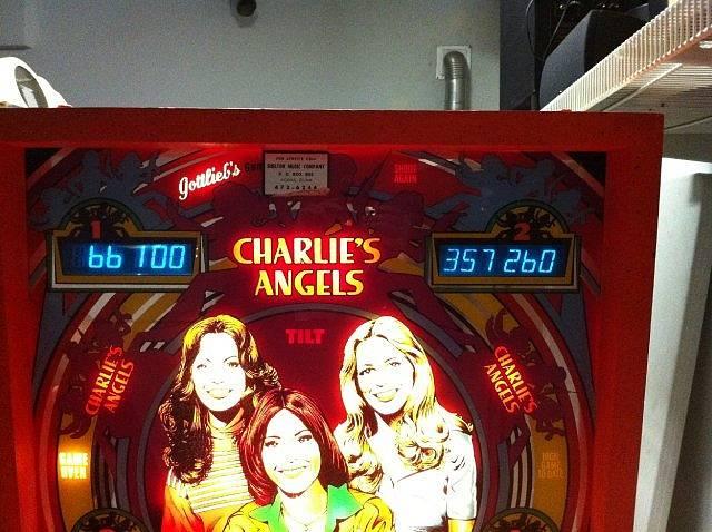 charlies pinball machine