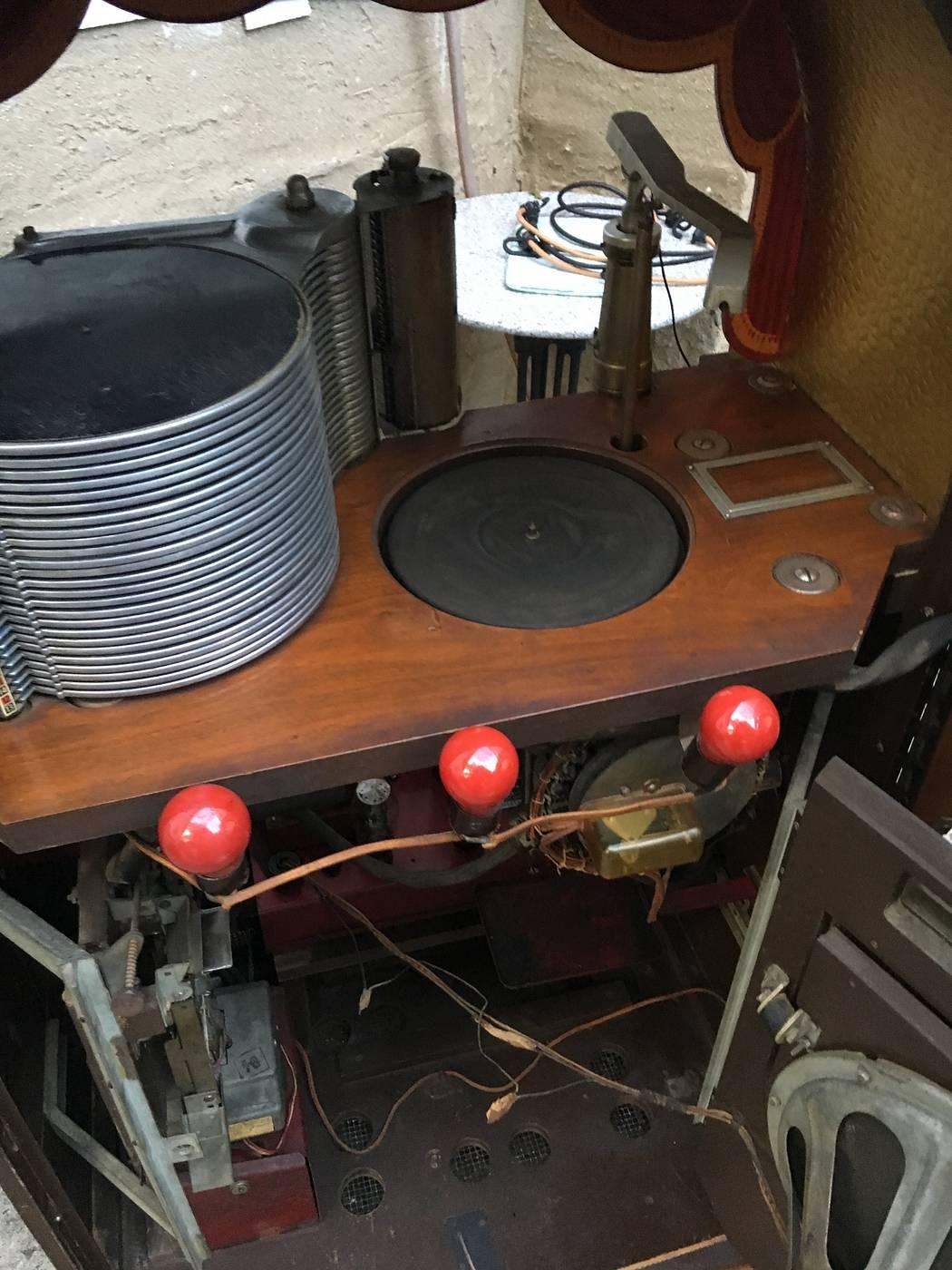 1946 wurlitzer jukebox 1015 - for sale | Pinside Market