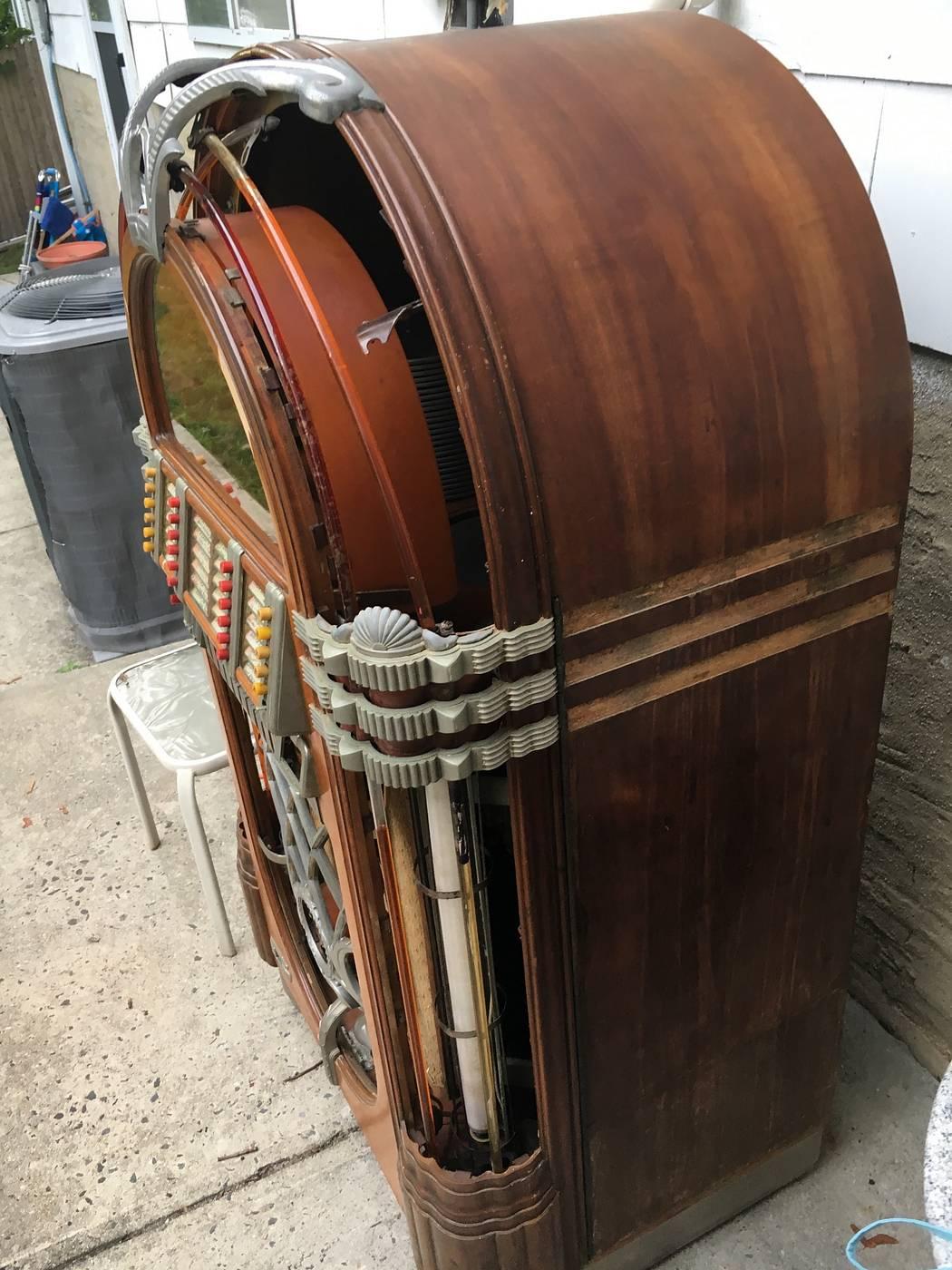 Wurlitzer Jukebox 1015