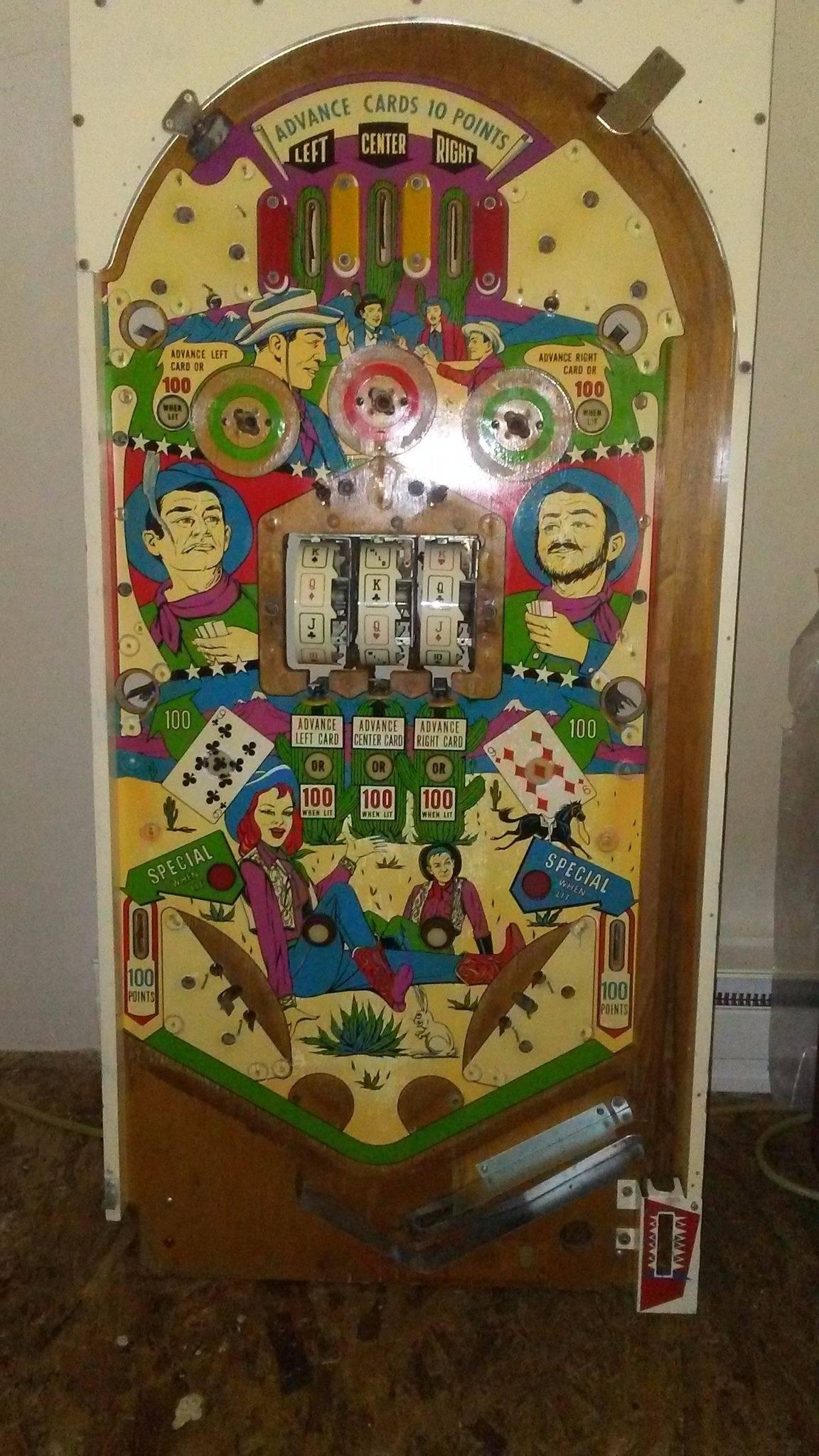 em pinball machine