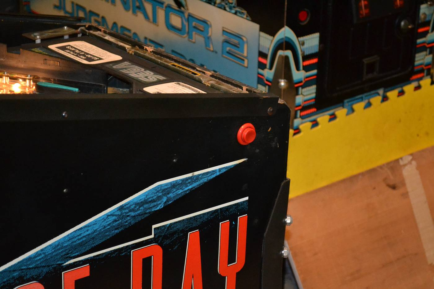 independence day pinball machine for sale