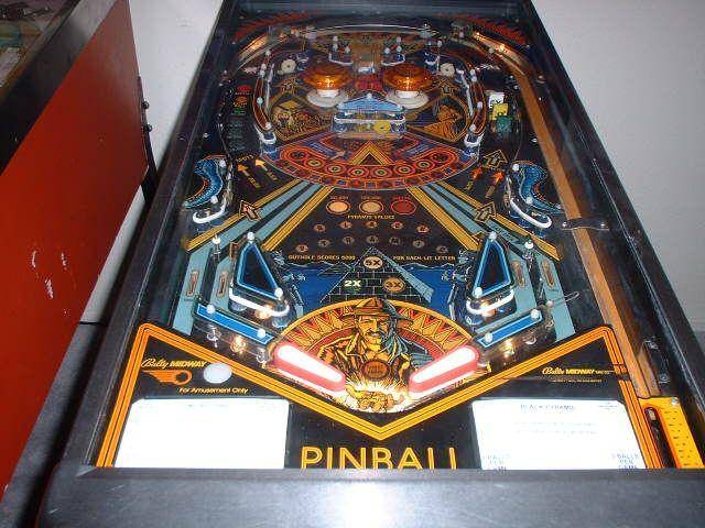 Black Pyramid Pinball Machine (Bally, 1984) - Image gallery | Pinside Game Archive