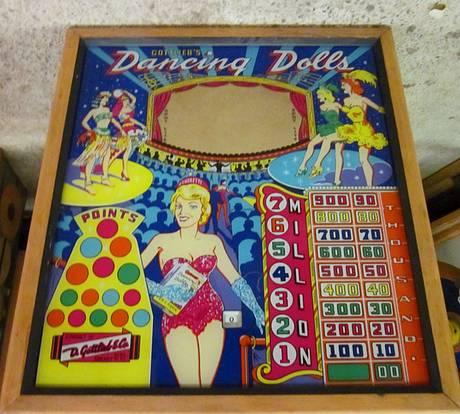 #6: Dancing Dolls