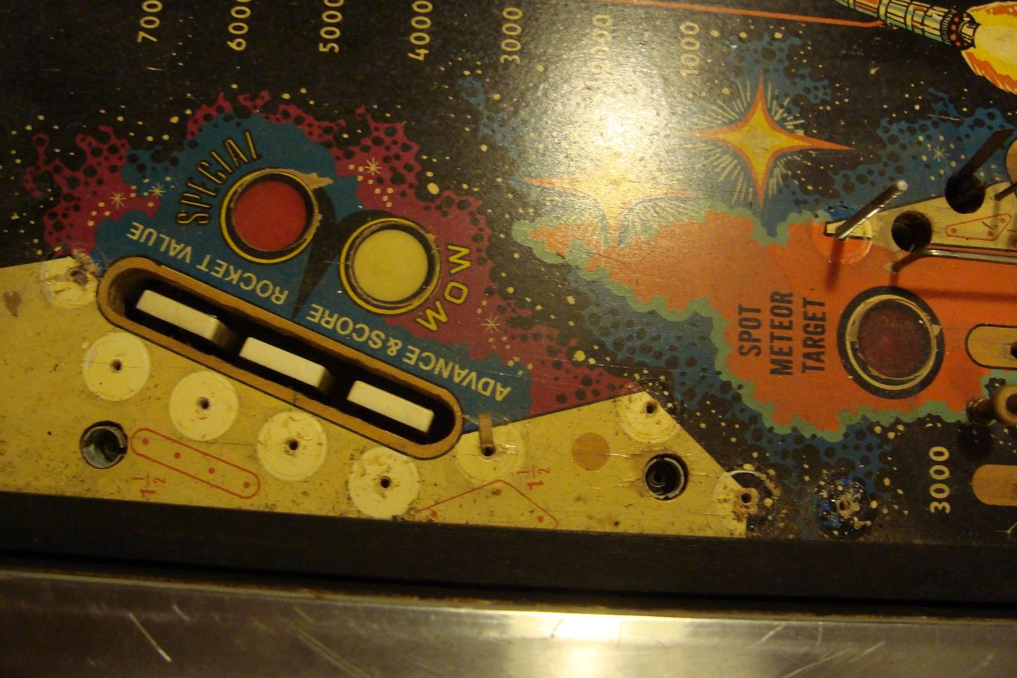 meteor pinball machine