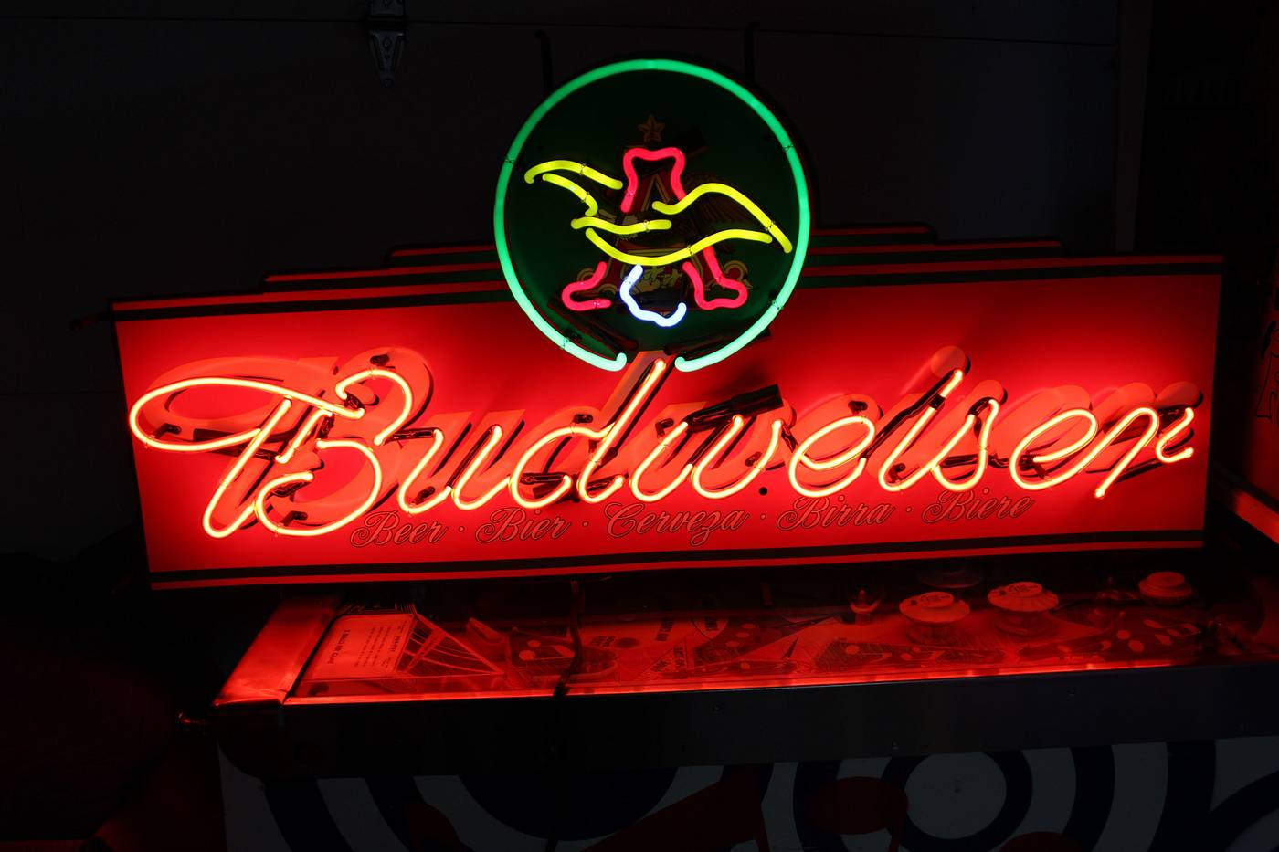 Man Cave Neon Signs For Sale : I have a big lot of neon signs for sale great man